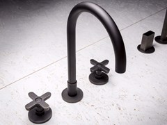 Gruppo lavabo a 3 fori da appoggio e a parete CLASSIC ICONA | Rubinetto per lavabo - Icona