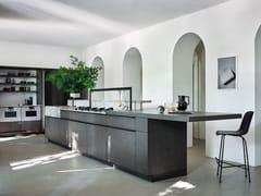 Cucina in rovere e marmo con isolaINTARSIO - CLASSICAL FUTURE - CESAR ARREDAMENTI