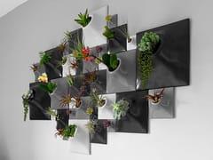 Vaso da parete modulare in gres ceramicoCLUSTER WALL - PANDEMIC DESIGN STUDIO