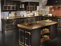 Cucina professionale su misura in acciaio con isolaCOFFEE & BURNISHED BRASS - OFFICINE GULLO