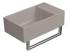 Lavabo rettangolare in ceramica con porta asciugamaniCOLOR ELEMENTS 40X23   Lavabo - GSI CERAMICA