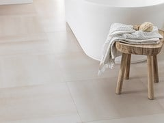 Pavimento/rivestimento in gres porcellanato CONCRETE BEIGE - URBATEK - Grès Porcellanato