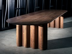 Tavolo ovale in legno masselloCURTAIN | Tavolo ovale - ZEITRAUM