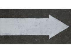 Decori da rivestimento e da pavimentoDECORAZIONE ONE WAY ARROW GRAPHITE - ABK GROUP INDUSTRIE CERAMICHE