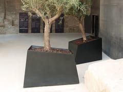 CYRIA, DEGRE9 I | Fioriera per spazi pubblici  Fioriera per spazi pubblici