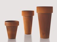 DE CASTELLI, DELTA & OMEGA Vaso in metallo