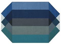 Tappeto in PET riciclato a motivi geometriciDIAMOND BLUE-GREEN - GAN BY GANDIA BLASCO