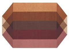 Tappeto in PET riciclato a motivi geometriciDIAMOND ORANGE-WINE - GAN BY GANDIA BLASCO
