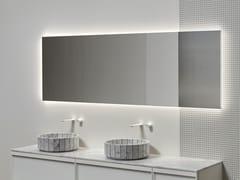 Specchio con illuminazione integrata da pareteDISTINTO - ANTONIO LUPI DESIGN®