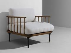 Poltrona in legno con braccioliDISTRIKT | Poltrona - DISTRICT EIGHT DESIGN CO.