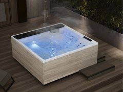 Vasca da bagno a 4 postiDIVINA OUTDOOR SPA | XL - NOVELLINI
