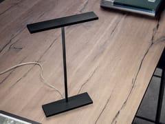 Lampada da tavolo a LED in metalloDUBLIGHT_C TAB - LINEA LIGHT GROUP