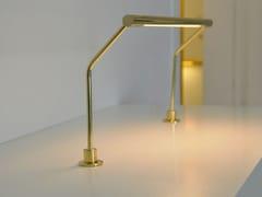 Lampada da tavolo a LED girevole in ottoneDUCTUS 18 - BETEC LICHT