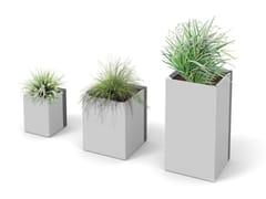 City Design, DUO Fioriera per spazi pubblici quadrata in acciaio verniciato a polvere