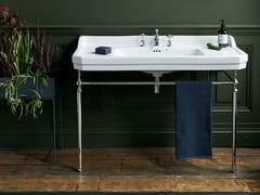 Lavabo a consolle in Vetrochina con porta asciugamaniEDWARDIAN | Lavabo rettangolare - BATHROOM BRANDS GROUP