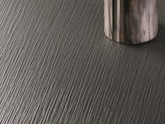 Rivestimento in laminato effetto legnoEPIMAT - POLYREY