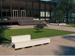 Panchina con schienaleESKOLA - ULMA ARCHITECTURAL SOLUTIONS