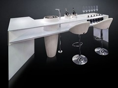 Bancone bar in vetro temperatoESSENTIAL - VGNEWTREND