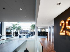 Saint-Gobain ECOPHON, Ecophon Focus™ Ds Pannelli per controsoffitto acustico in lana di vetro