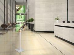Espositore da terra in alluminioFLAT FLOOR A3 - STUDIO T