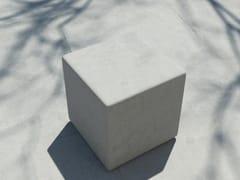 Seduta da esterni in cementoFORM | Seduta da esterni - SIT