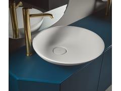 Mobile lavabo sospeso in legno con ante FORMA | Mobile lavabo sospeso - Forma