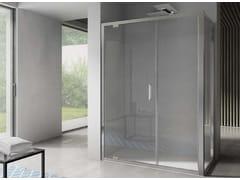 Box doccia angolare in vetro con porta a battenteFREE | Angolare a battente apertura muro - DISENIA