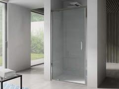 Box doccia a nicchia in vetro con porta a battenteFREE | Nicchia - Porta a battente - DISENIA