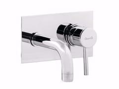 Miscelatore per lavabo a 2 fori a muro con piastra FUTURO - F6523 - Futuro