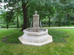 Fontana in pietra naturaleFontana 1 - GARDEN HOUSE LAZZERINI