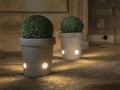 Vaso per spazi pubblici / lampada da terra in cementoGERVASO - KARMAN