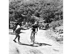 Stampa fotograficaGINO BARTALI NEI GUAI NEL TOUR DEL 1948 - ARTPHOTOLIMITED