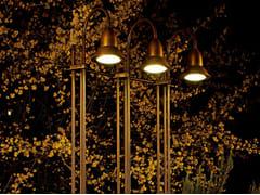 Aldo Bernardi, GLICINE Lampada da terra per esterno in metallo