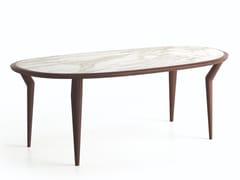 Tavolo ovale con top in marmo di Carrara e base in noceGUTTA - NATUZZI