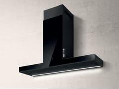 Cappa in acciaio inox in stile moderno a parete con controlli touch con illuminazione integrata classe AHAIKU - ELICA