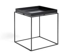 Tavolino di servizio quadrato in acciaio con vassoioHAY - TRAY TABLE M BLACK - ARCHIPRODUCTS.COM