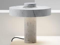 Lampada da tavolo a LED in marmoHEMERA - ROSS GARDAM