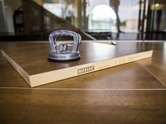 NESITE, HIGH CLASS | Pavimento in legno  Pavimento in legno