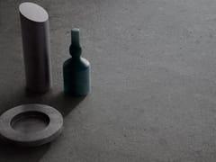 Pavimento/rivestimento in gres porcellanato effetto pietra HIGHSTONE DARK - Highstone