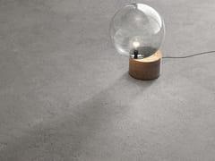 Pavimento/rivestimento in gres porcellanato effetto pietra HIGHSTONE GREY - Highstone
