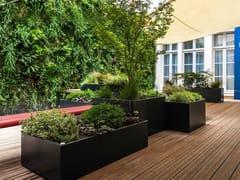 ATELIER SO GREEN, Composizione vegetale per hotel Fioriere su misura in cemento fibro-rinforzato per hotel