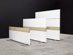Divisorio ufficio freestanding in legnoK-WORD | Divisorio ufficio - MANERBA