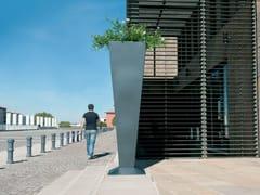 CYRIA, KALYS | Fioriera per spazi pubblici alta  Fioriera per spazi pubblici alta