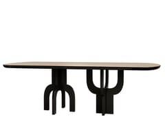 Tavolo da pranzo ovale in legnoKENZO - ANA ROQUE INTERIORS