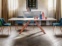 Tavolo da pranzo con base in metalloKI   Tavolo in marmo - APP DESIGN