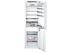 Frigorifero combinato con congelatore classe DKI86SSDD0 | Frigorifero - BSH È LICENZIATARIO DEL MARCHIO DI SIEMENS AG