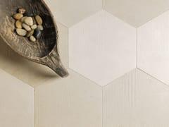 Pavimento/rivestimento in pietra naturale KUBICA ESAGONO BEIGE - Trame di Pietra