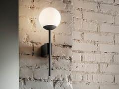 Lampada da parete a LED in metalloLA PALLINA AP - OLEV