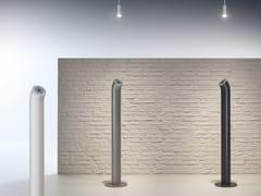 Made Design, LAAX Posacenere per spazi pubblici da terra in ferro