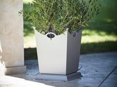 Vaso da giardino in lamieraLAMIERE - OFFICINACIANI DI CATERINA CIANI & CO.